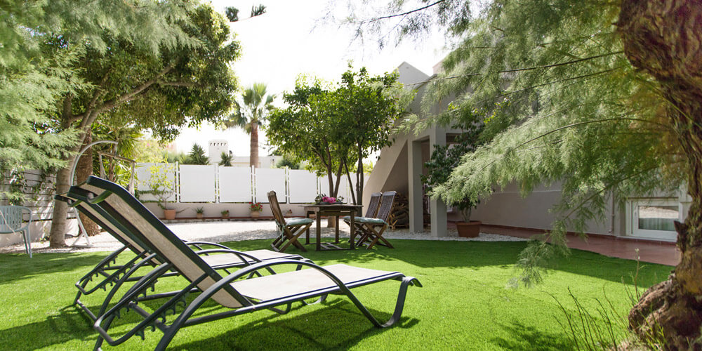 Garden Glaros Villa
